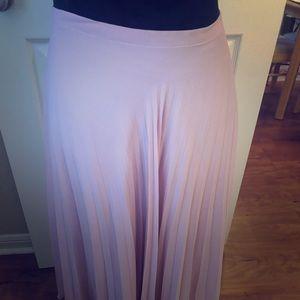 Pink Garnett Hill accordion pleated maxi skirt